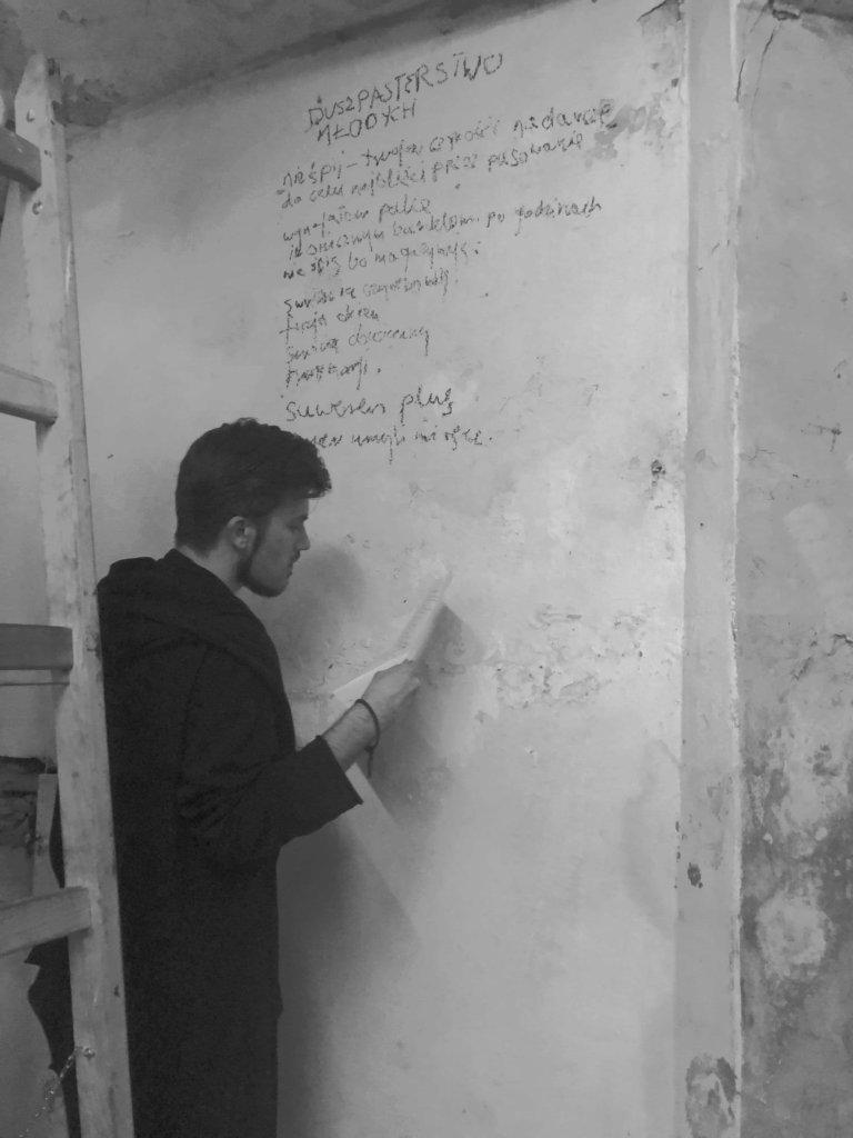 Poezja współczesna. Pismo literackie i wydawnictwo
